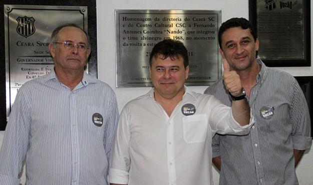 Robinson de Castro (centro) ao lado de Raimundo Pinheiro (esq) e Carlos Moraes (dir) comandará oclube no biênio 2016/2017 (Foto: Christian Alekson/CearaSC.com)