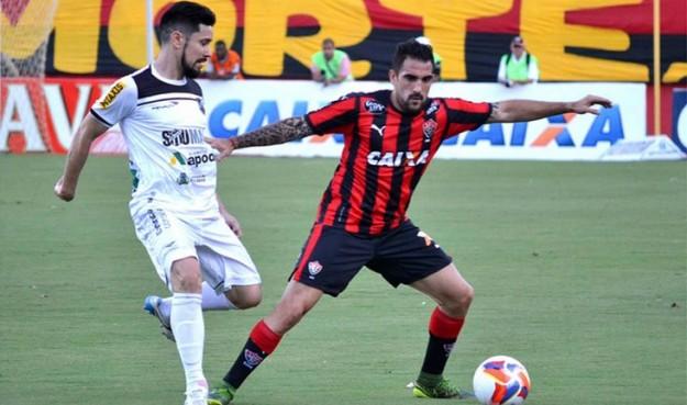 Ricardinho foi expulso e será desfalque para a próxima batalha (Foto: Agência O Estado)
