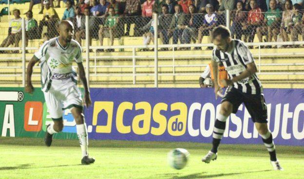 Atuação do time mais uma vez deixou a desejar (Foto: Ascom/LEC)
