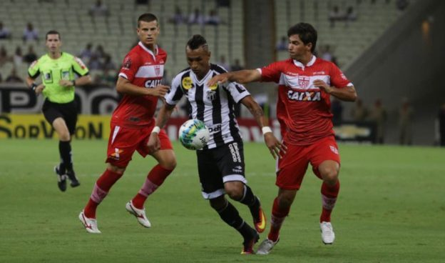 Atacante Ciel deverá retornar diante do Joinville (Foto: Christian Alekson/CearaSC.com)