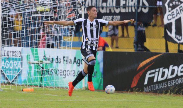 Rafinha marcou o gol do Vozão (Foto: Christian Alekson/CearaSC.com)