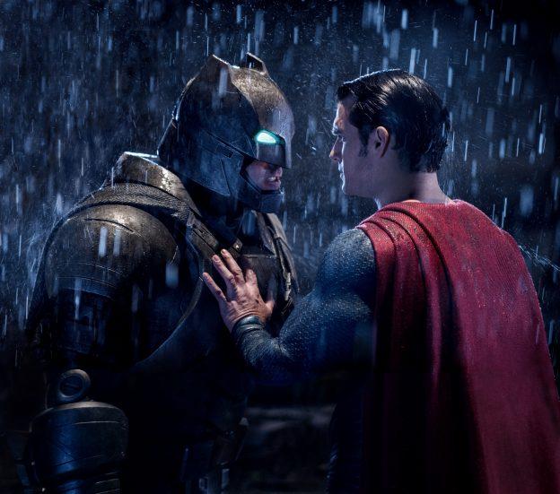 """""""Calma, Bruce, próximo ano a Diana redime a gente"""" (KENT, Clark)"""