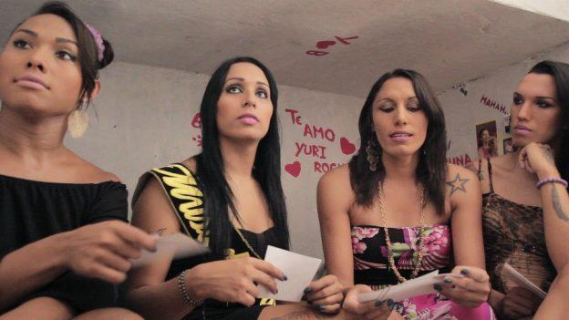 As meninas do documentário Close, de Rosane Gurgel, que estreia nesta segunda no Cinema do Dragão (Foto: Divulgação)