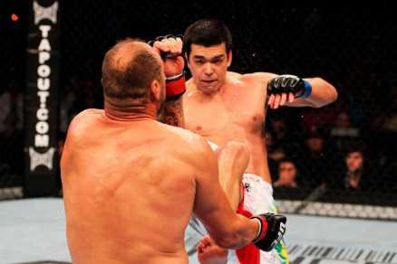 Lyoto Machida venceu por decisão dividida Dan Henderson