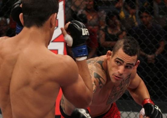 """Para entrara na casa do TUF Brasil, o argentino nocauteou Thiago """"Bel"""" Silva. Foto: UFC/Divulgação"""
