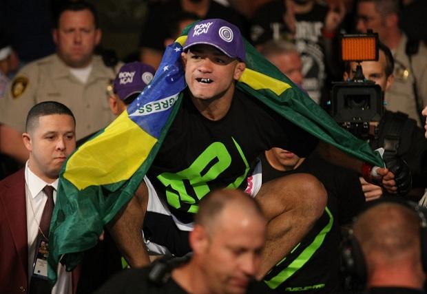 Diego Brandão vem embalado por três vitórias seguidas. Foto: UFC / Divulgação