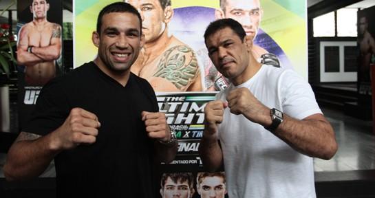 Minotauro e Werdum prestigiaram o lançamento da edição do UFC em Fortaleza. Foto: Edimar Soares/O POVO