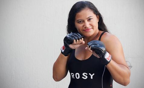 Rosy Duarte luta no Revolução MMA, na próxima semana