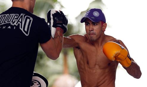 Pepey quer aprimorar o seu muay thai e jiu-jitsu. Foto: UFC/Divulgação