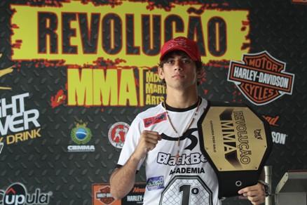Alan Gomes é um dos seis lutadores que defenderá cinturão nesta quarta-feira. Foto: Edimar Soares/O POVO