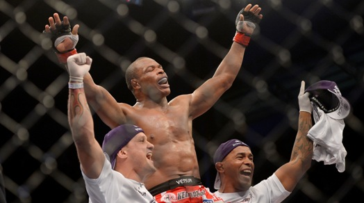 Massaranduba finalizou mais uma. Foto: UFC/Divulgação