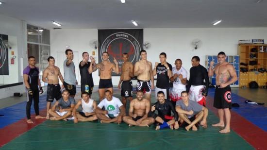 Equipe que treina com Pepey em Curitiba. Foto: Arquivo Pessoal