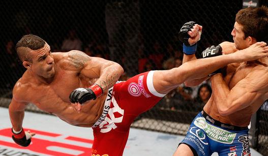 Belfort acertou chute preciso em americano. Foto: UFC/Divulgação