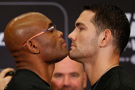 Weidman e Silva frente a frente. Foto: UFC/Divulgação