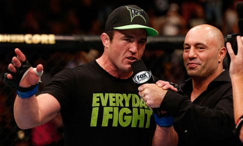 Sonnen foca a luta contra Wanderlei Silva. Foto: UFC/Divulgação