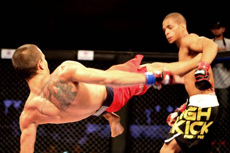 Público cearense aproveitou as dez lutas oferecidas na 2ª edição do BKF
