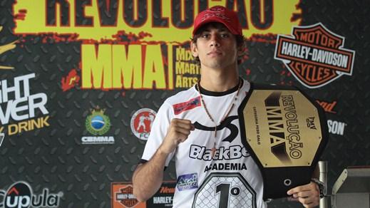 Alan Gomes tem 19 anos e atuou pela última vez em abril, no Revolução MMA. Foto: Edimar Soares/O POVO
