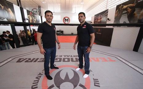 Minotouro e Minotauro visitando a sede inaugurada em Fortaleza. Foto: Edimar Soares/O POVO