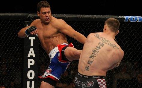 Rosário tem duas lutas pelo UFC. Foto: UFC/Divulgação