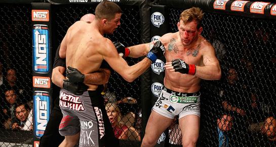 Nate Diaz foi implacável na trocação. Foto: UFC/Divulgação