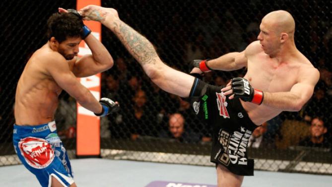 Adriano Martins sofreu um nocaute logo no 1° round. Foto: UFC/Divulgação