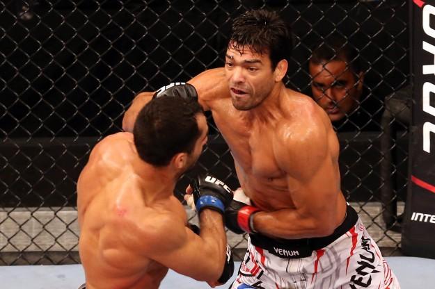 Machida vence por pontos. Divulgação UFC / Inovafoto