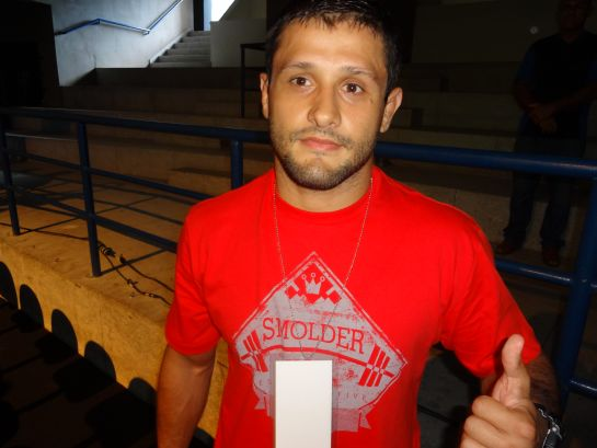 Andrezinho Nogueira assiste pesagem do UFC em Natal. Foto: Lucas Mota/O POVO.