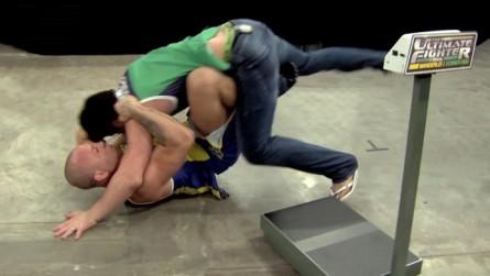 Lutadores brigaram na casa do TUF 3. Foto: Reprodução