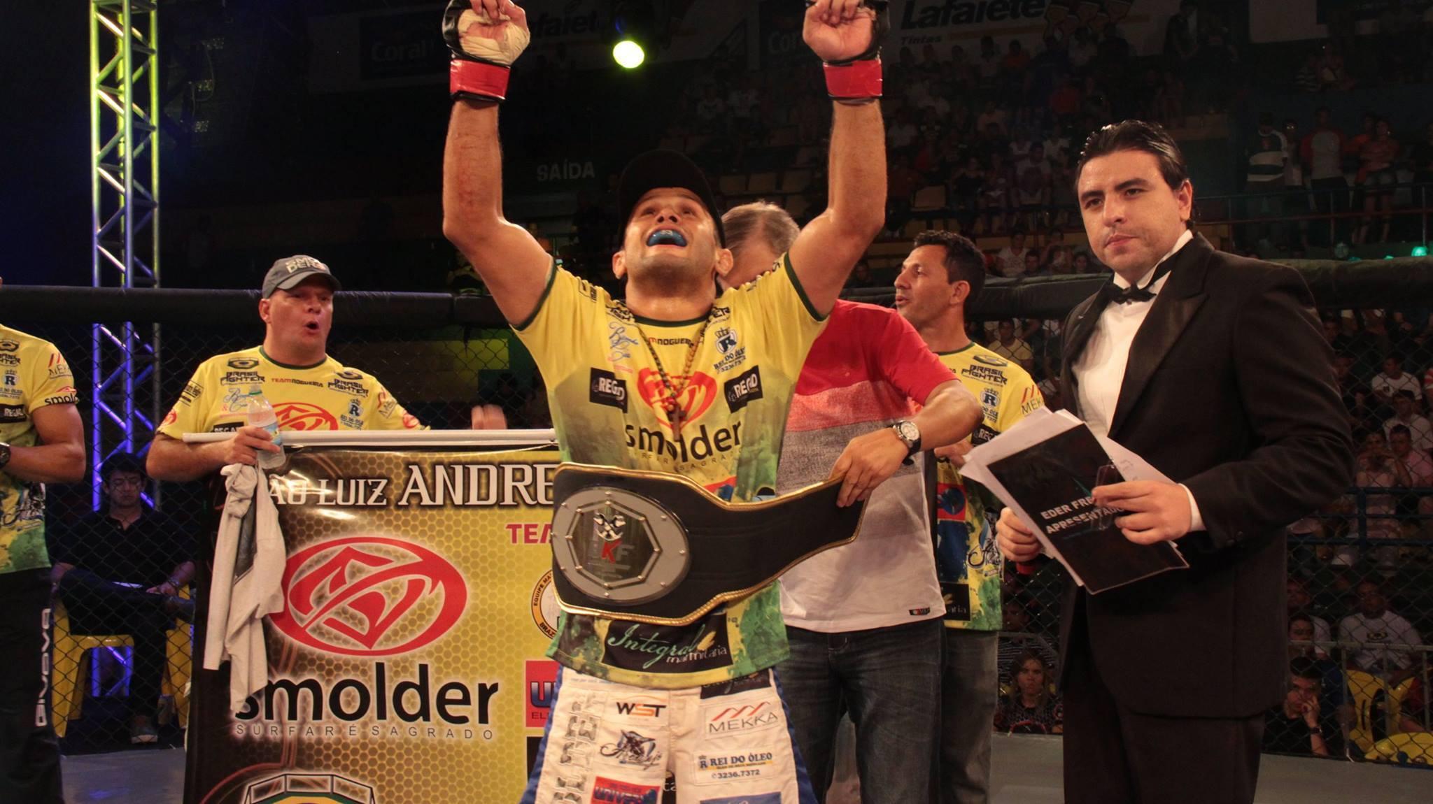Andrezinho leva mais um cinturão pra casa. Foto: Meia Guarda