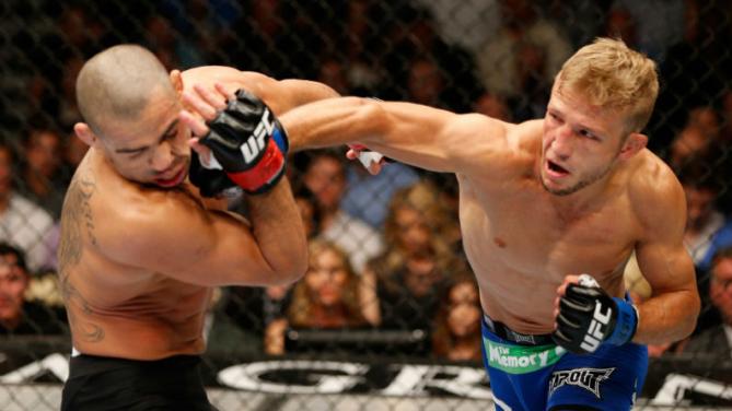 TJ dominou Barão nos 5 rounds da luta. Foto: UFC/Divulgação