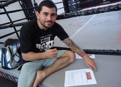 Danilo tem 21 anos e é atleta da Team Nogueira. Foto: Divulgação