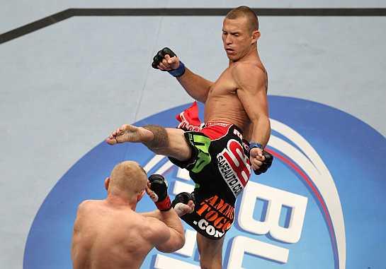 Cerrone durante confronto com Denis Siver | Foto: UFC/Divulgação
