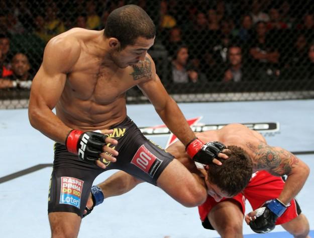No primeiro embate, em 2012, Aldo levou a melhor por nocaute. Foto: UFC/Divulgação
