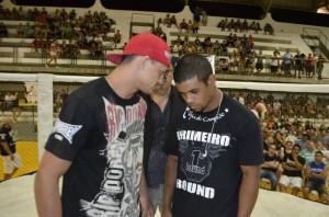 Naja e Jefferson Rodrigues em encarada promocional. Foto: Osteval Tavares/TV Fight