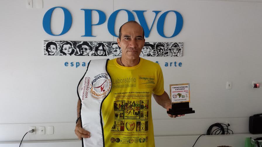 Marcelo Zen tem 42 anos e coleciona títulos no Kung Fu. Foto: Gutemberg/Figueiredo