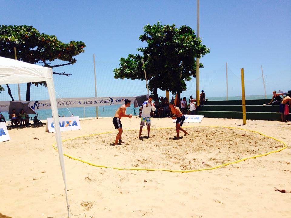Competição ocorreu na quadra da Volta da Jurema. Foto: Falabella Neto