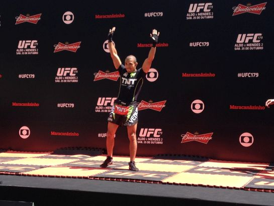 José Aldo foi o mais ovacionado pelo público presente no Maracanã para os treinos abertos do UFC 179 | Foto: Lucas Mota/O POVO