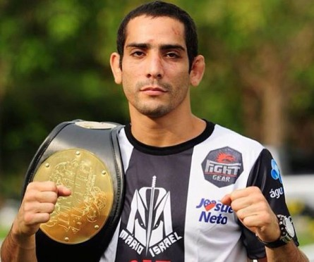 Mário Israel já foi campeão do Jungle Fight | Foto: reprodução/Facebook