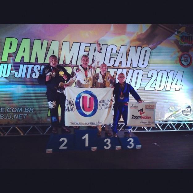 Guilherme Santos foi campeão na categoria e no absoluto   Foto: Reprodução/Facebook