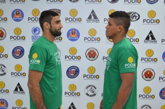 Leandro Lo (esquerda) e Gilbert Durinho (direita) fazem luta especial | Foto: Deive Coutinho
