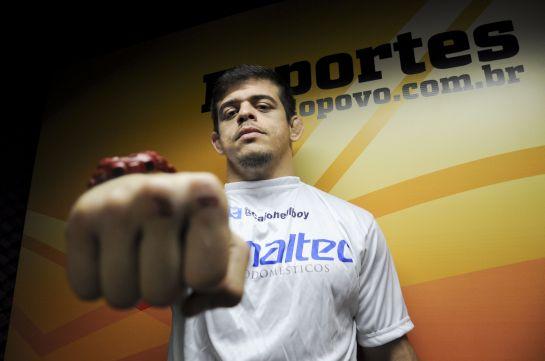 Caio mostrou que possui mãos pesadas, após os recentes nocautes | Foto: Camila Almeida/O POVO