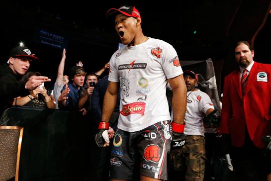 Ronaldo Jacaré está próximo de cinturão, mas precisa vencer Romero | Foto: UFC/Divulgação