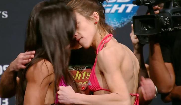 Encarada tensa na luta feminina. Foto: UFC/Divulgação