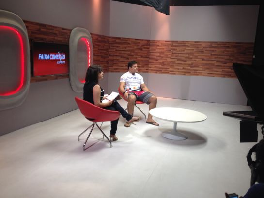 Caio Monstro foi entrevistado pela jornalista Ana Flávia Gomes
