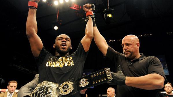 Jon Jones defendeu o cinturão pela 8ª vez com sucesso. Foto: UFC/Divulgação