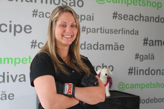A veterinária e praticante de sanda (modalidade do kung fu) ingressou na arbitragem de MMA em 2012   Foto: Camila de Almeida/O POVO