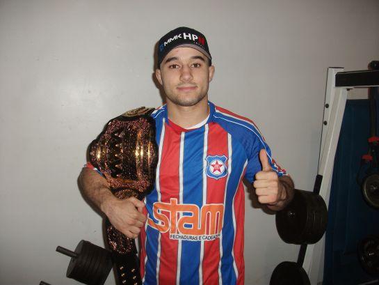 Marlon com o cinturão da organização | Foto: arquivo pessoal