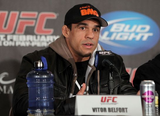 Vitor Belfort pretende esperar recuperação de Weidman | Foto: UFC/Divulgação