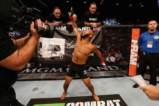 Johnson dominou o japonês Horiguchi / Foto: UFC-Divulgação