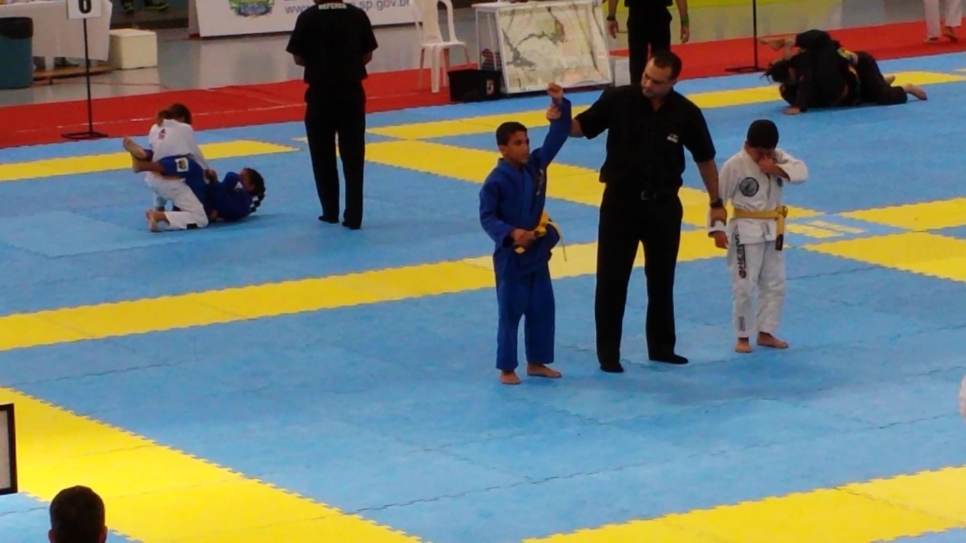 Na final, Bruninho venceu um coleguinha do Rio de Janeiro para se tornar campeão. Foto: Arquivo Pessoal